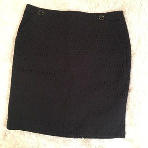 The limited pencil skirt || size 14